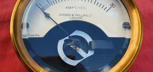 30 A Ammeter C