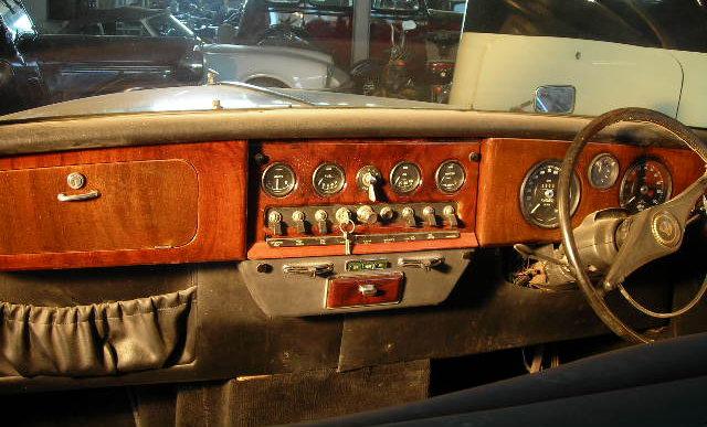 daimler limousine dashboard