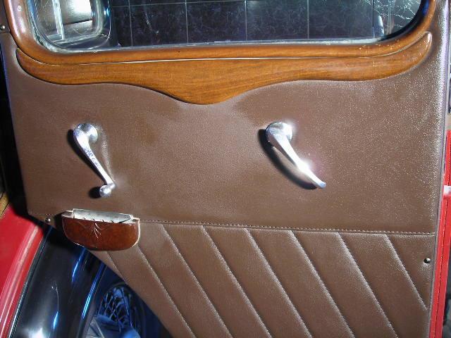 vauxhall 16  1935 rear door