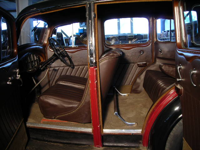 vauxhall 16  1935 seats